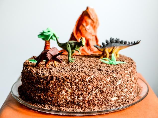 Torta s dinosaurima