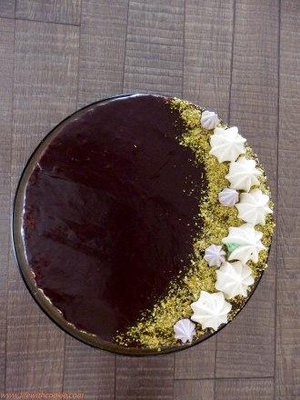 pistacije,čokolada,torta
